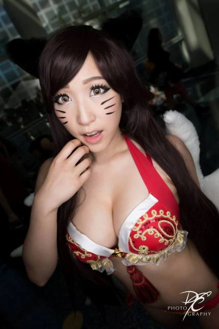 Pool Party Ahri Courtesy of Destiny's Curse Photography